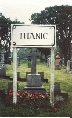 Fairview Cemetery- Halifax, Nova Scotia, of the 150 victims of the Titanic disaster are buried here. The other 29 are buried in other cemeteries in Halifax. Rms Titanic, Titanic History, Titanic Ship, Southampton, The Places Youll Go, Places To Go, Quebec Montreal, Famous Graves, After Life