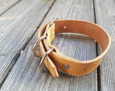 """Art of Leather,""""crafted by hand & heart"""" von ArtofLeatherAtelier Heart Hands, Leather Craft, Etsy, Bracelets, Crafts, Shopping, Jewelry, Bangles, Leather Crafts"""