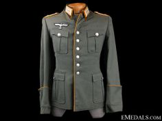 WWII German Army Cavalry Officers Field Service Tunic - The nice quality, privately tailored, field-grey-green fine wool construction dress tunic features a vertical six button front closure with dual brass hooks and eyes at the neckline. German Uniforms, Germany Europe, German Army, Lemon Yellow, Green And Grey, Wwii, Military Jacket, Breast, Tunic