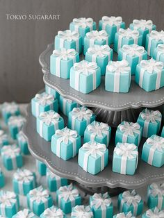 Every girl deserves a little eye candy! How cute are these teal gem treats for a bridal shower! Strictly Weddings, Sugar Craft, Breakfast At Tiffanys, Shower Party, Shower Cake, Mini Cakes, Tiffany Blue, Macaroons, Wedding Favors