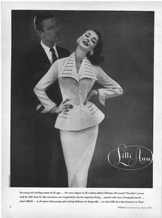 Lilli Ann Suit - 1956 - Dorian Leigh - this is the ad for the beige jacket in the next photo (I believe) - gotta love stylists Pin Up Vintage, Vintage Beauty, Vintage Ladies, Vintage Hats, Vintage Style, Suit Fashion, 1950s Fashion, Dorian Leigh, Vintage Dresses
