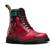 Shop Women's Boots & Shoes on the official Dr. Martens like the Women'S 1460 Smooth, 1460 Smooth, and null in a variety of leathers, textures and colors. Sock Shoes, Cute Shoes, Me Too Shoes, Shoe Boots, Shoes Sandals, Shoe Bag, Women's Boots, Botas Dr Martens, Doc Martens Boots