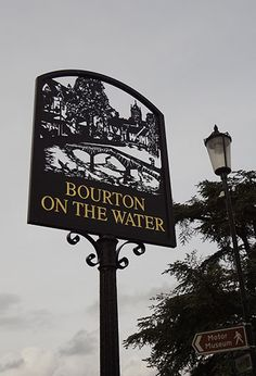 Cotswolds, beautiful Bourton on the Walter