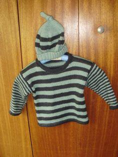 pour Maël Turtle Neck, Sweaters, Fashion, Knits, Moda, Fashion Styles, Sweater, Fashion Illustrations, Sweatshirts