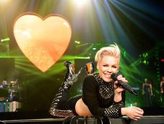 A bedazzled Pink throws down on Wednesday during the opening-night performance of her The Truth About Love world tour at Phoenix's US Airways Center. Pop Punk, Pink Tickets, Us Airways, Alecia Moore, Hip Hop, Pink Throws, Star Track, Pink Power, Hottest 100