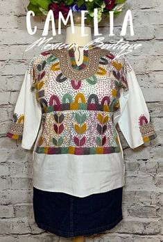Hippie Boho Chic Santa Fe style blouse with corn motif Mayan design.  Hand embroidered with fine thread on  raw cotton (manta) fabric with detail around neck and top of sleeve.   Also available in  sleeveless in manta fabric. ONE SIZE: fits small, medium and large LARGE fits:   x-large and 2XL (pictured with size 18 ma Mexican Top, Mexican Blouse, Santa Fe Style, Caramel Color, Gauze Fabric, Hippie Boho, Color Patterns, Boho Chic, Detail