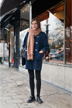 Bought a duffel coat in mouse grey to go with the Uggs Dr. Martens, Winter Fashion Tumblr, Autumn Winter Fashion, Fall Winter, Winter Wear, Winter Style, Mode Style, Style Me, Dr Martens Outfit