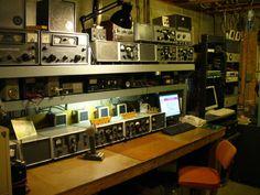 View Of WA3UMY/WA3UJV Ham Radio Shack