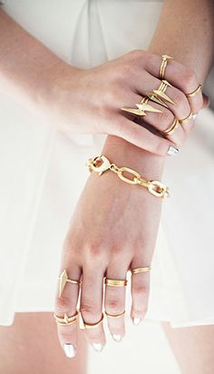 Gold layered jewelry. Yes yes yes <3