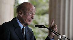 Selon le président Valéry Giscard d'Estaing le 8 mai ne devrait pas être chômé ! La France manque de croissance et on se repose durant trois jours ! @Osvaldo_Villar via Le Figaro