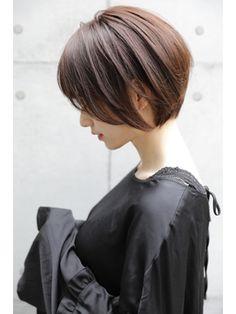 Short Permed Hair, Short Bob Hairstyles, Short Hair Cuts, Korean Hair Color, Korean Short Hair, Elegant Short Hair, Bob Haircut Curly, Shot Hair Styles, Hair Color And Cut