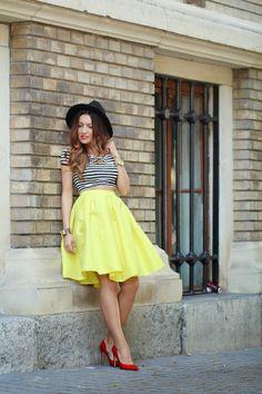 Sandra's Fashion Corner: Fusta midi galbena si Crop Top-ul in dungi | Spring Outfit