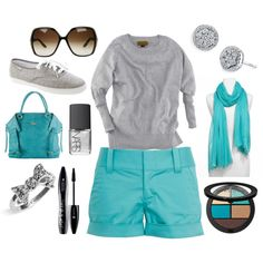 What a pretty summery shade of blue! [ i want. I even love the grey 'ked' remakes, that i usually don't like at all. ]