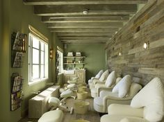 Soho Beach House's spa is the famous Cowshed Spa. Includes private eucalyptus steam rooms and realxation space.