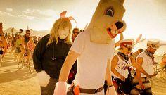 105 moments exceptionnels de la célébration la plus psychédélique au monde, le fameux Burning Man Festival   Daily Geek Show