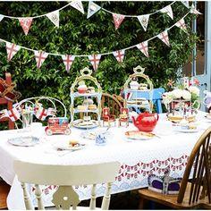 tea parti, street party, garden parti, diamonds, british