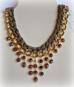 A creative link chain bead drop necklace