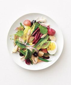 Chicken Niçoise Salad | Give dinnertime a French flair with these simple, flavorful dishes.