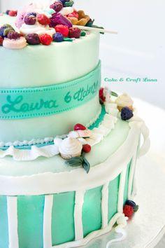 cake con fragoline di bosco in pdz, a piani  www.facebook.com/pages/Cake-Craft-Luna