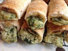 Read our delicious recipe for Pesto, Spinach and Ricotta Rolls, a recipe from The Healthy Mummy, which will help you lose weight with healthy recipes.
