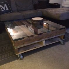 Rustic Upcycled Pallet Coffee Table