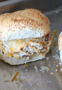 """Creamy Crockpot Chicken"" This Slow Cooker Crack Chicken is Creamy Cheesy Ranch and Bacon Shredded Chicken. It's perfect on it's own, on a sandwich, in a tortilla or as a dip! Crock Pot Recipes, Crock Pot Food, Crockpot Dishes, Crock Pot Slow Cooker, Slow Cooker Recipes, Low Carb Recipes, Cooking Recipes, Crockpot Meals, Dump Recipes"