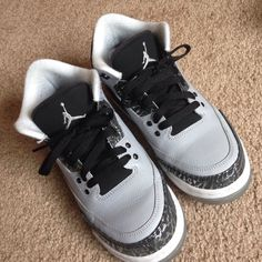 premium selection 168c2 3628e Jordan Shoes   Wolf Grey Jordan 3s  Size 5.5y!   Color  Gray   Size  5.5