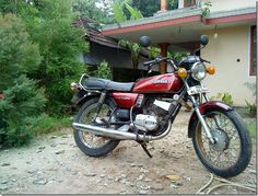 http://autogadget46.blogspot.in/2012/09/yamaha-rx100-coming-back.html