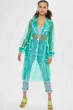 Rain coat Outfit Men - - Dog Rain coat And Boots - Rain coat Street Style Fashion Outfits - - Raincoat Outfit, Raincoat Jacket, Yellow Raincoat, Hooded Raincoat, Rain Jacket, Dog Raincoat, Raincoats For Women, Jackets For Women, Clothes For Women