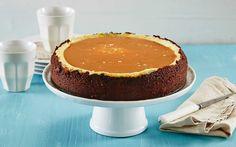 Denne oppskriften på vaniljeostekake med salt karamell og knasende… Baking Recipes, Dessert Recipes, Cheesecake, Norwegian Food, Cheat Meal, Mousse Cake, Meal Planning, Tin, Sweet Tooth