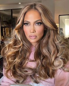 Blonde Hair Looks, Hair Color For Black Hair, Love Hair, Big Hair, Curls For Long Hair, Jennifer Lopez Hair Color, Kylie Hair, Cabello Hair, Gorgeous Hair Color