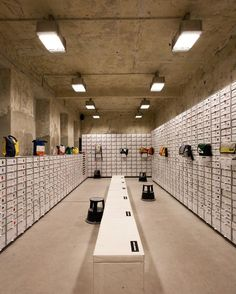 Freitag-Store Vienna by HMA Architekten
