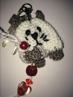 Amigurumi HÄKELANLEITUNG -Taschenbaumler/Schlüsselanhänger Katze Material Hinweis für die Wolle: ich selber benutze gern Lisa-Wolle von Gründl einwenig weiße und graue Wolle etwas schwarze Wolle 1 P