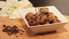 http://fitcult.refresher.sk/248/Proteinove-minikolaciky-s-arasidovym-maslom-a-nadychom-cokolady-recept