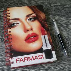 Voilà que je viens de tester une des marques qui propose ce concept et ma foi , ce n'est pas mal du tout , c'est super même ! Les produits sont fabriqués en Turquie sous la marque Farmasi , comprenez pharmacie !
