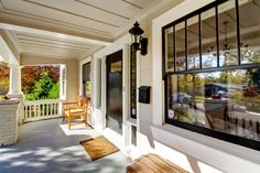 Front entry, spacious porch to 1558 Santa Ynez Way, Sacramento, CA 95816. #HomesEastSacramento