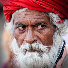 Regard Old Age, Photos Voyages, Face Expressions, People Of The World, Lee Jeffries, Watercolor Portraits, Interesting Faces, The Only Way, Belle Photo