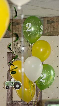Amy T's Birthday / John Deere - Photo Gallery at Catch My Party 2nd Birthday Party Themes, Second Birthday Ideas, Tractor Birthday, Farm Birthday, Farm Party, First Birthdays, Balloon Ideas, Party Ideas, Balloons