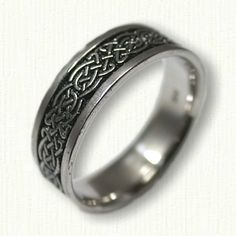 14kt White Gold Tralee Knot Wedding Band with Black Antiquing