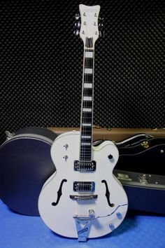 Gretsch G7593T-BD Billy Duffy Signature Gretsch, Duffy, Guitars, Music Instruments, Musical Instruments, Guitar, Vintage Guitars