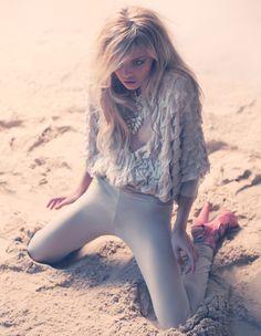 Model Alina Boyko, photographer Frederico Martins