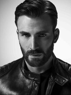 Chris Evans for Gucci Guilty Gold