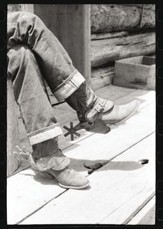 [Untitled photo, possibly related to: Detail of farmer's blue jeans, boots and spurs. This man was once a cowboy and still prefers the cowboy's dress. Pie Town, New Mexico] Cowboy Spurs, Cowboy And Cowgirl, Cowboy Boots, Western Boots, Cowboy Humor, Spurs Western, Cowboy Gear, Vintage Cowgirl, Western Art