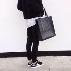 MINIMAL + CLASSIC: black & white Adidas Gazelles look