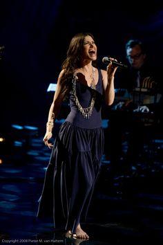 See Idina Menzel perform live
