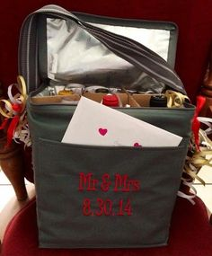 Wedding or shower gift needed? So many great options with Thirty-one!  Www.mythirtyone.com/gaildevine