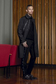 Givenchy, Look #40 Pre-Fall 2016 - Bxy Frey