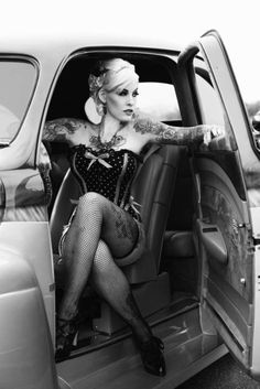 Drop Dead Gorgeous! The vintage feel, the car, the tattoos...<3 it