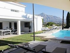 Stunning Detached Villa with Pool, Internet, TV and Views close to Puerto Banus. Holiday villa for rent with the added security of our fraud protection. 855838