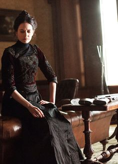 Eva Green in 'Penny Dreadful' (2014).